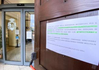 coronavirus-uffici-comunali-palazzo-sforza-civitanova-FDM-1-325x230