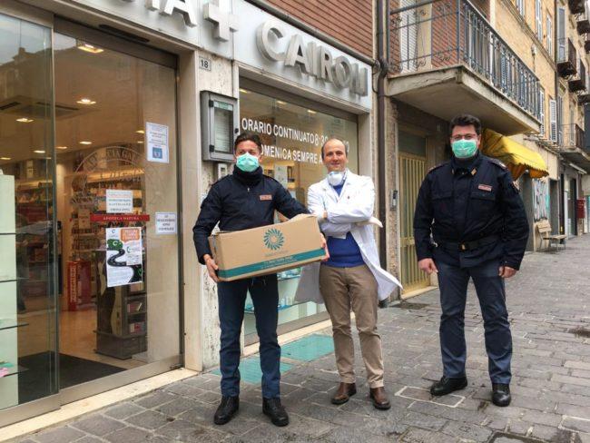 farmacia-cairoli-polizia