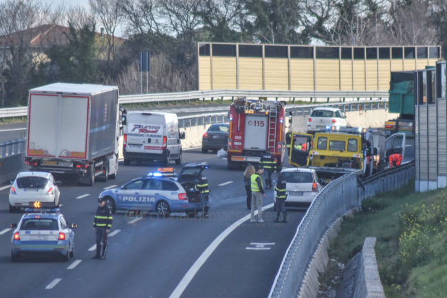 incidente-autostrada-a14-civitanova-FDM-1-650x434