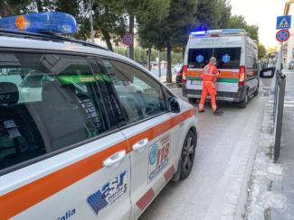 intervento-ambulanza-croce-verde-118-vialetto-sud-civitanova-FDM-3-325x244