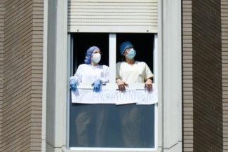 CoronaVirus_OmaggioAutorità_Ospedale_FF-4-325x217