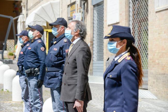 Questura_PoliziottoCaduto_FF-18-650x434