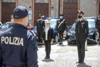 Questura_PoliziottoCaduto_FF-9-325x217