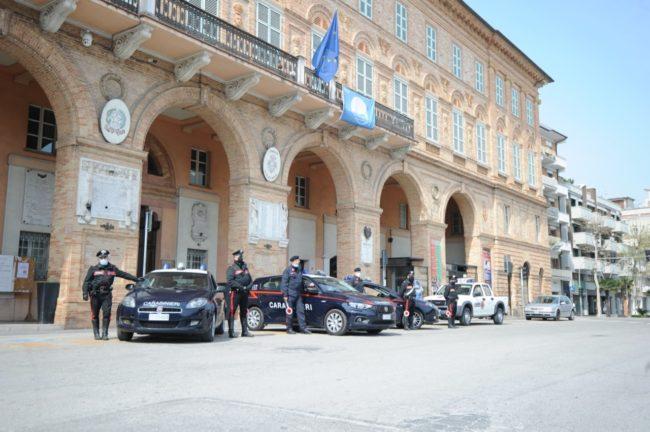 controlli-carabinieri-civitan-1-650x432