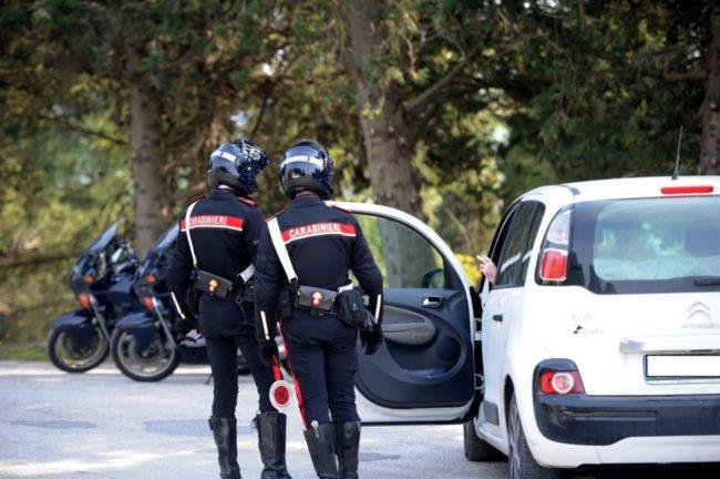 controlli-carabinieri-civitan-4-650x432