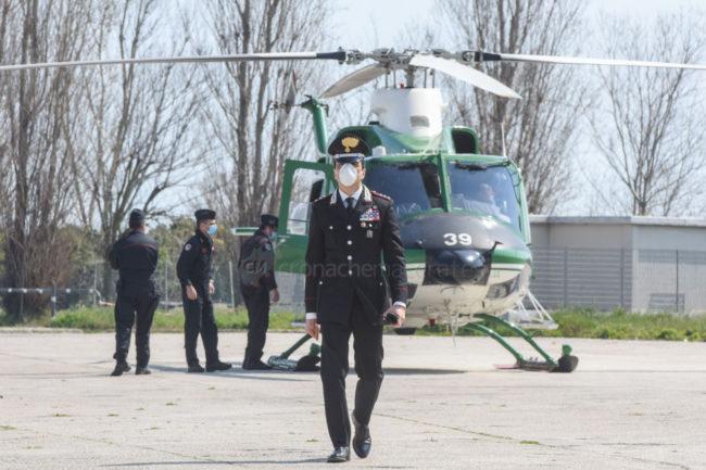 controlli-carabinieri-elicottero-civitanova-FDM-2-650x433
