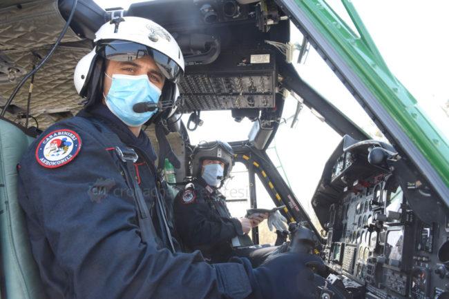controlli-carabinieri-elicottero-civitanova-FDM-3-650x434