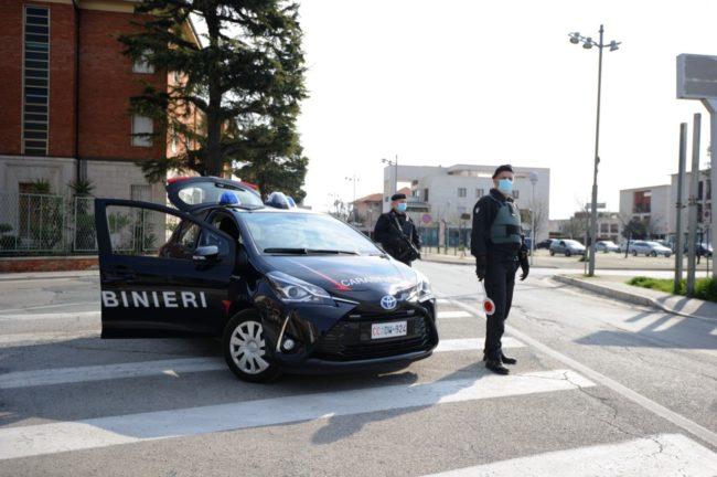 controlli-carabinieri3-650x432