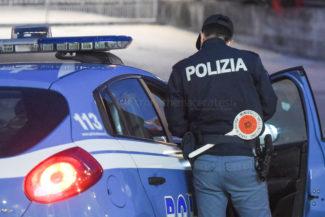 controlli-polizia-commissariato-archivio-arkiv-civitanova-notte-FDM-2-325x217
