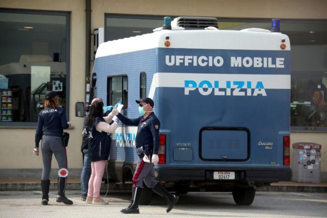controlli-polizia5-650x433