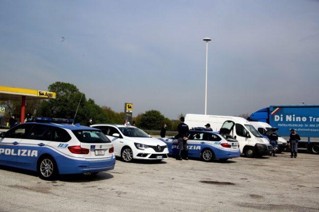 controlli-polizia7-650x433
