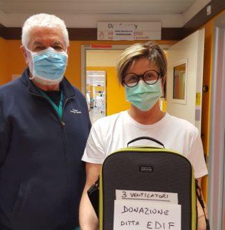 foto-donazione-Edif.-Dott.-Giuseppe-Tappata-Rianim.-MC-e1585922110137-325x331