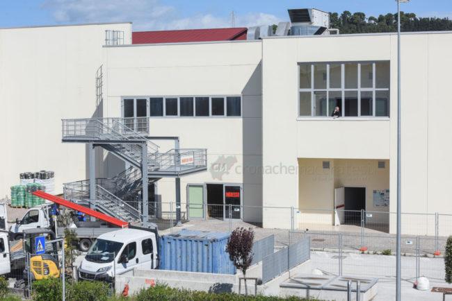 lavori-fiera-ospedale-covid-civitanova-FDM-7-650x434