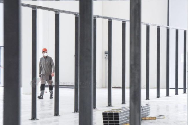 lavori-ospedale-covid-nella-fiera-civitanova-FDM-12-650x433
