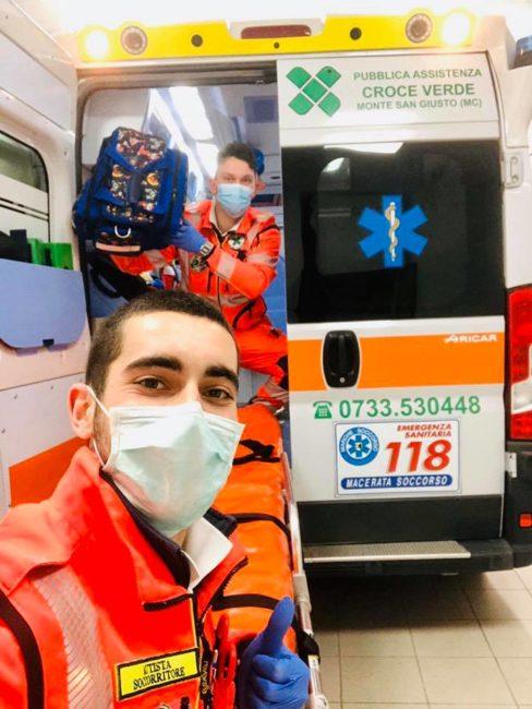 parto-ambulanza-croce-verde
