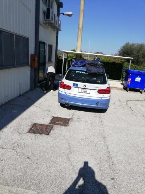 pulizia-buldorini-auto-forze-dellordine-1-488x650