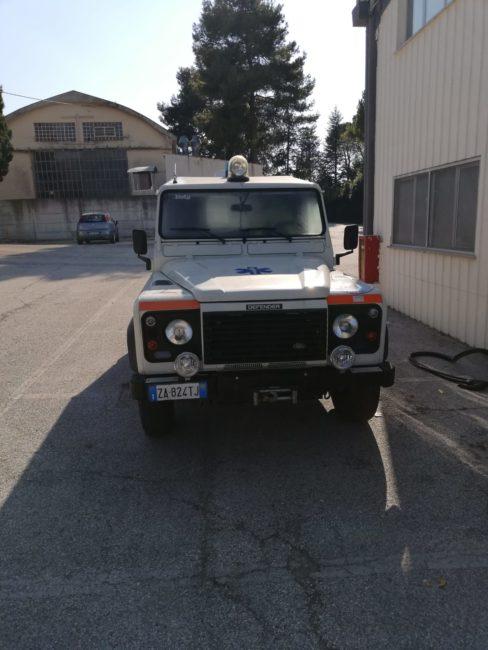 pulizia-buldorini-auto-forze-dellordine-3-1-488x650