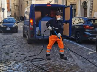 pulizia-strade-san-severino-e1586605736363-325x243