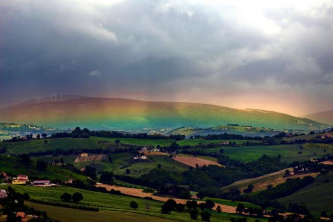 La-Bellezza-dellEvanascenza-arcobaleno-mario-lambertucci-2-650x434