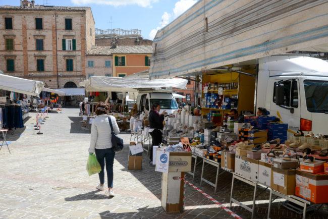 Mercato_PiazzaMazzini_FF-1-650x434