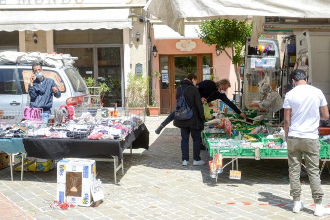 Mercato_PiazzaMazzini_FF-6-650x434
