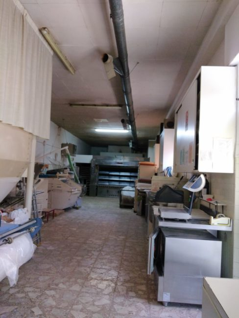 chiusura-panetteria-romagnoli-covid-19-2-488x650