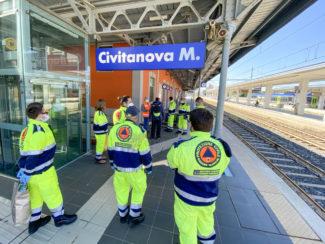 fase-2-covid-protezione-civile-del-medico-stazione-civitanova-FDM-2-325x244