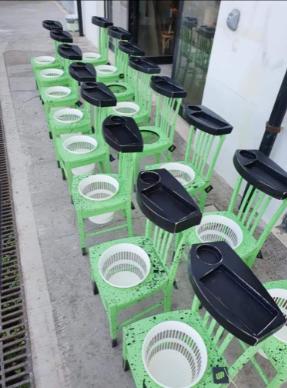 nello-russo-sedia-porta-disinfettante-6