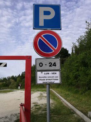 parcheggio-elisuperificie-a-disposizione-operatori-sanitari-1-300x400