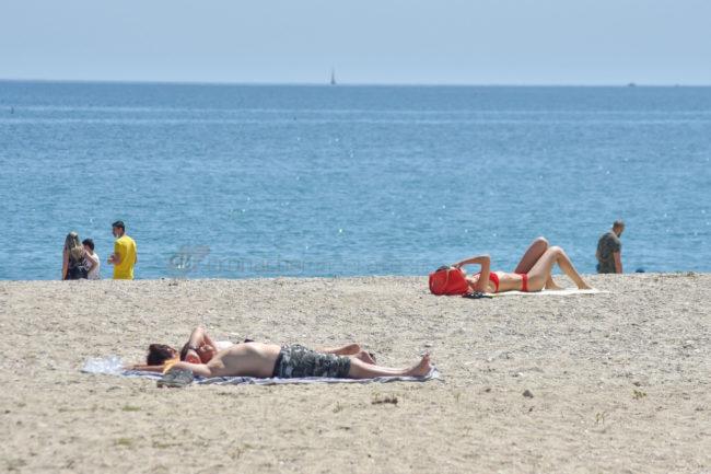 2-giugno-spiaggia-e-lungomare-sud-estate-civitanova-FDM-3-650x433