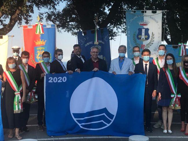 bandiere-blu-2-650x488