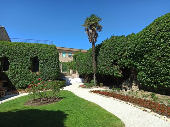 casa-leopardi-giardino