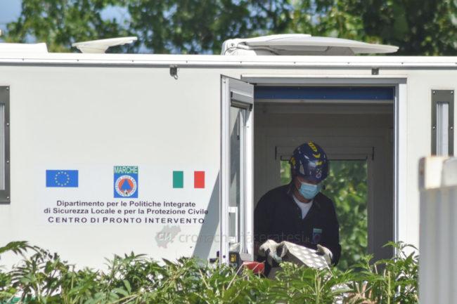 covid-hotel-house-protezione-civile-container-porto-recanati-FDM-7-650x433