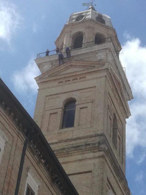 edilizia_acrobatica_piazza_libertà-2-488x650