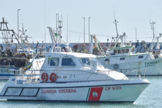 esercitaizone-area-portuale-guardia-costiere-vdf-soccorsi-croce-verde-porto-civitanova-FDM-6-325x217