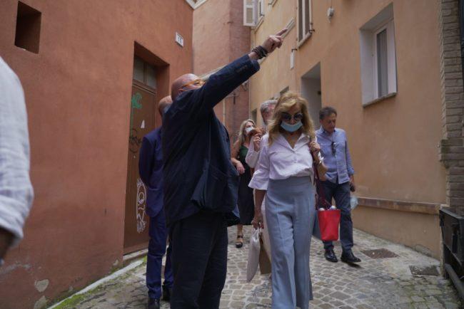 fOscar-Ferretti-Cinema-Corso-Andrea-Petinari-2020-06-25-at-16.50.51-650x434