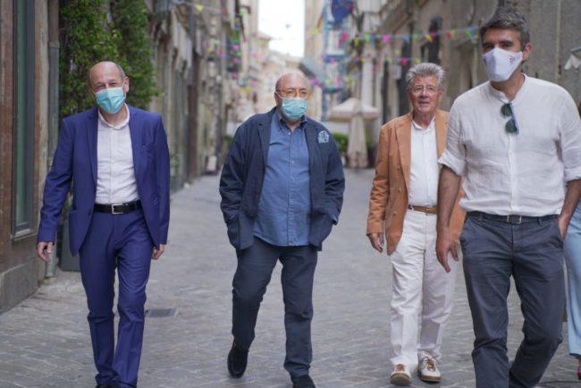 fOscar-Ferretti-Cinema-Corso-Andrea-Petinari-2020-06-25-at-16.50.56-650x434