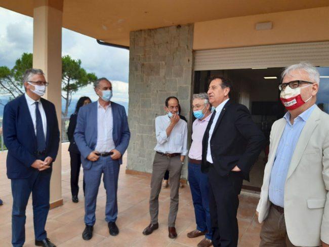 Caldarola-Legnini-sindaco-e-autorità