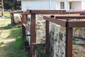 antiche-tombe-pietre-reperti-archeologici-depuratore-atac-civitanova-FDM-1-325x217