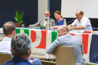assemblea-provinciale-pd-ricotta-civitanova-FDM-10-325x217
