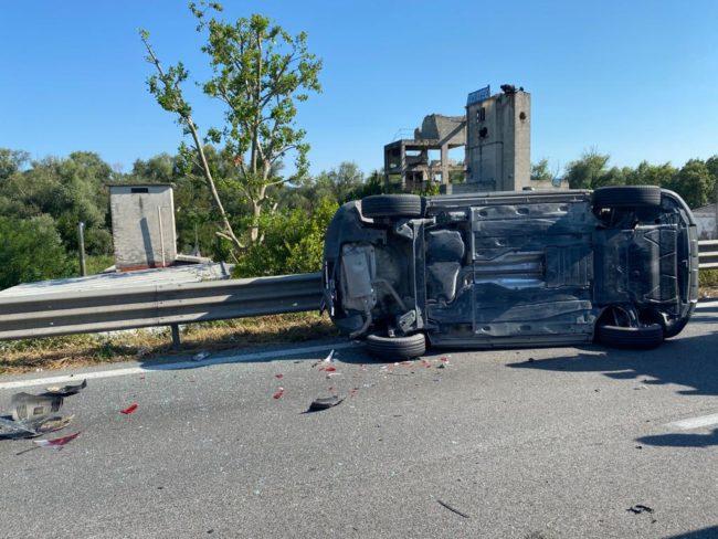 incidente-superstrada-4-650x488