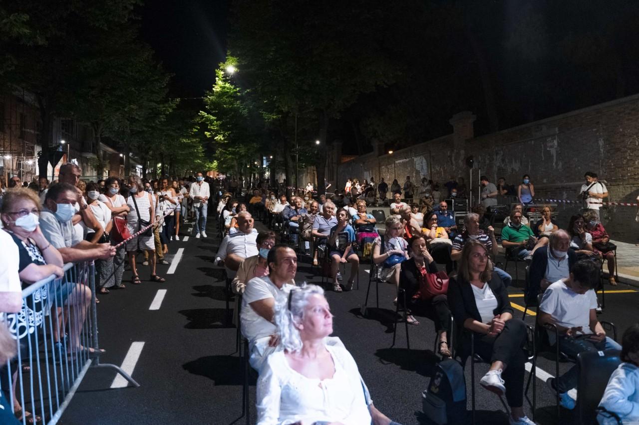 notte dell'opera corso cavour e martiri della libertà macerata 2020 foto ap (10)