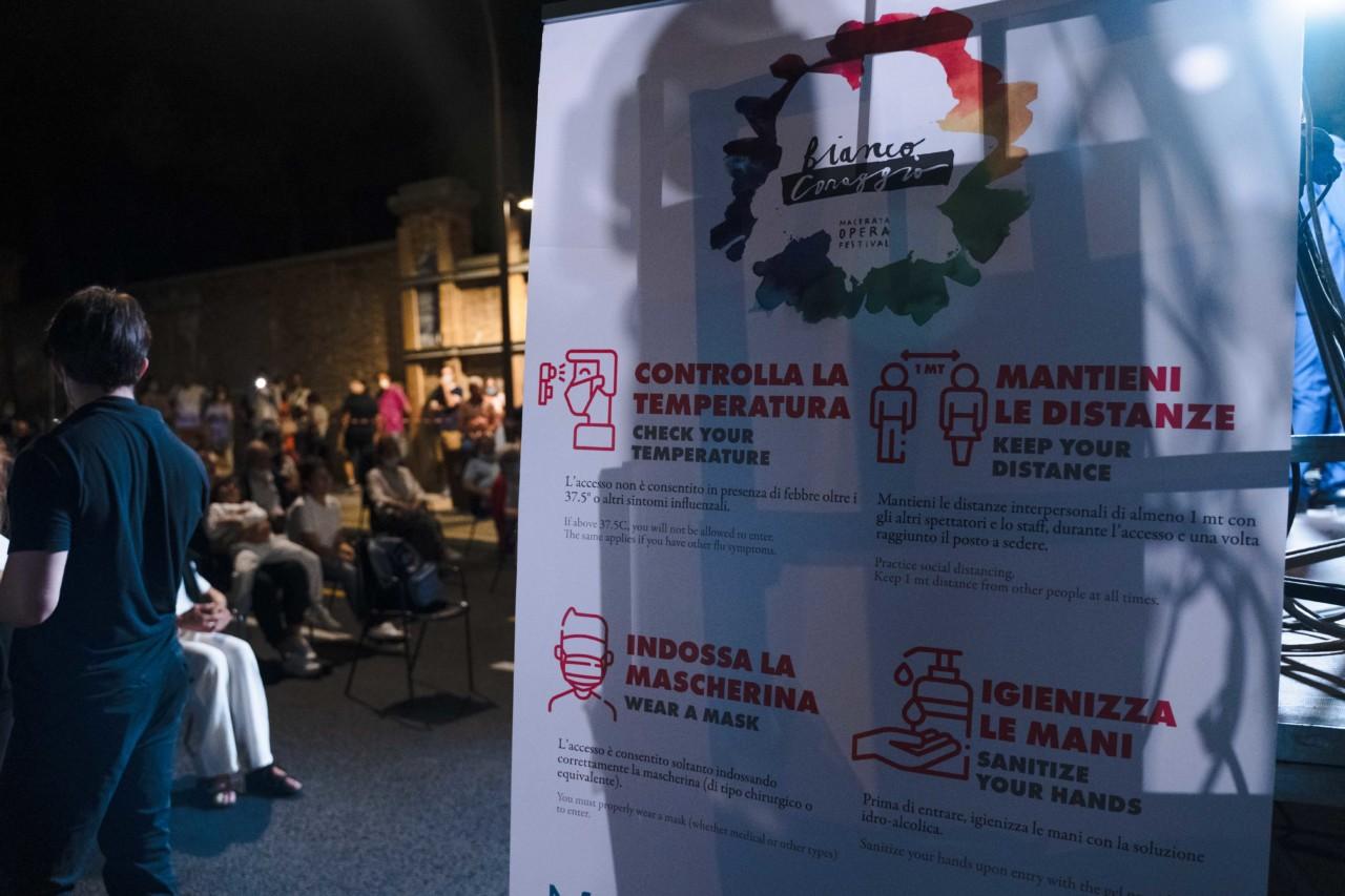 notte dell'opera corso cavour e martiri della libertà macerata 2020 foto ap (17)