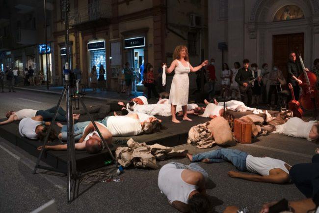 notte-dellopera-corso-cavour-e-martiri-della-libertà-macerata-2020-foto-ap-2-650x433
