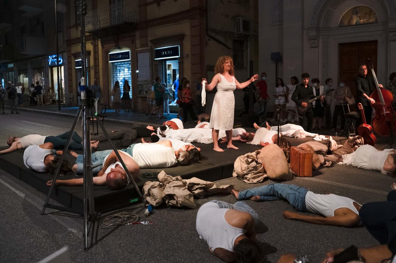 notte dell'opera corso cavour e martiri della libertà macerata 2020 foto ap (2)