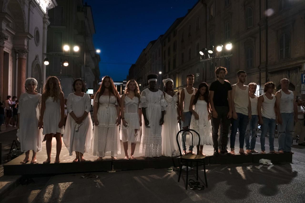 notte dell'opera corso cavour e martiri della libertà macerata 2020 foto ap (3)