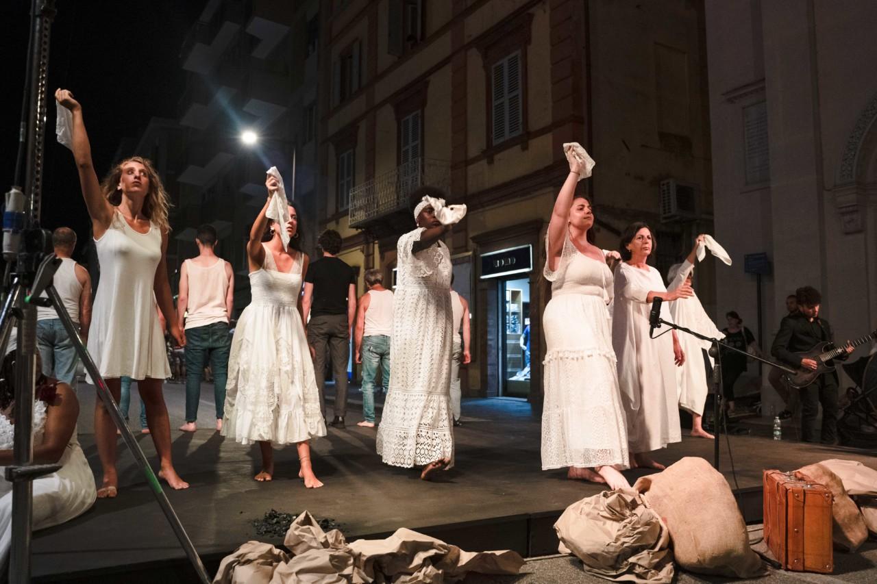 notte dell'opera corso cavour e martiri della libertà macerata 2020 foto ap (36)