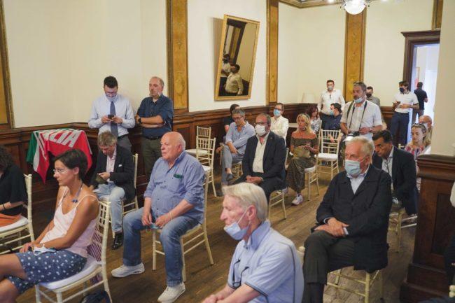 presentazione-tajani-parcaroli-conferenza-2020-macerata-foto-ap-29-650x433