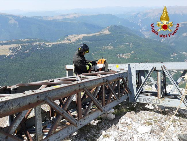 rimozione-croce-monte-bove-8-650x488