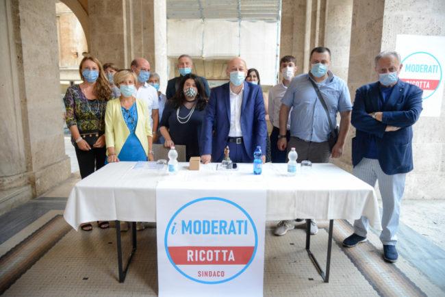 Moderati_Lista_FF-1-650x434